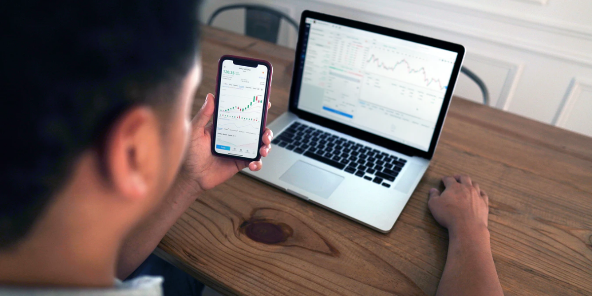 Covid-19 : Explosion de l'escroquerie aux investissements en ligne