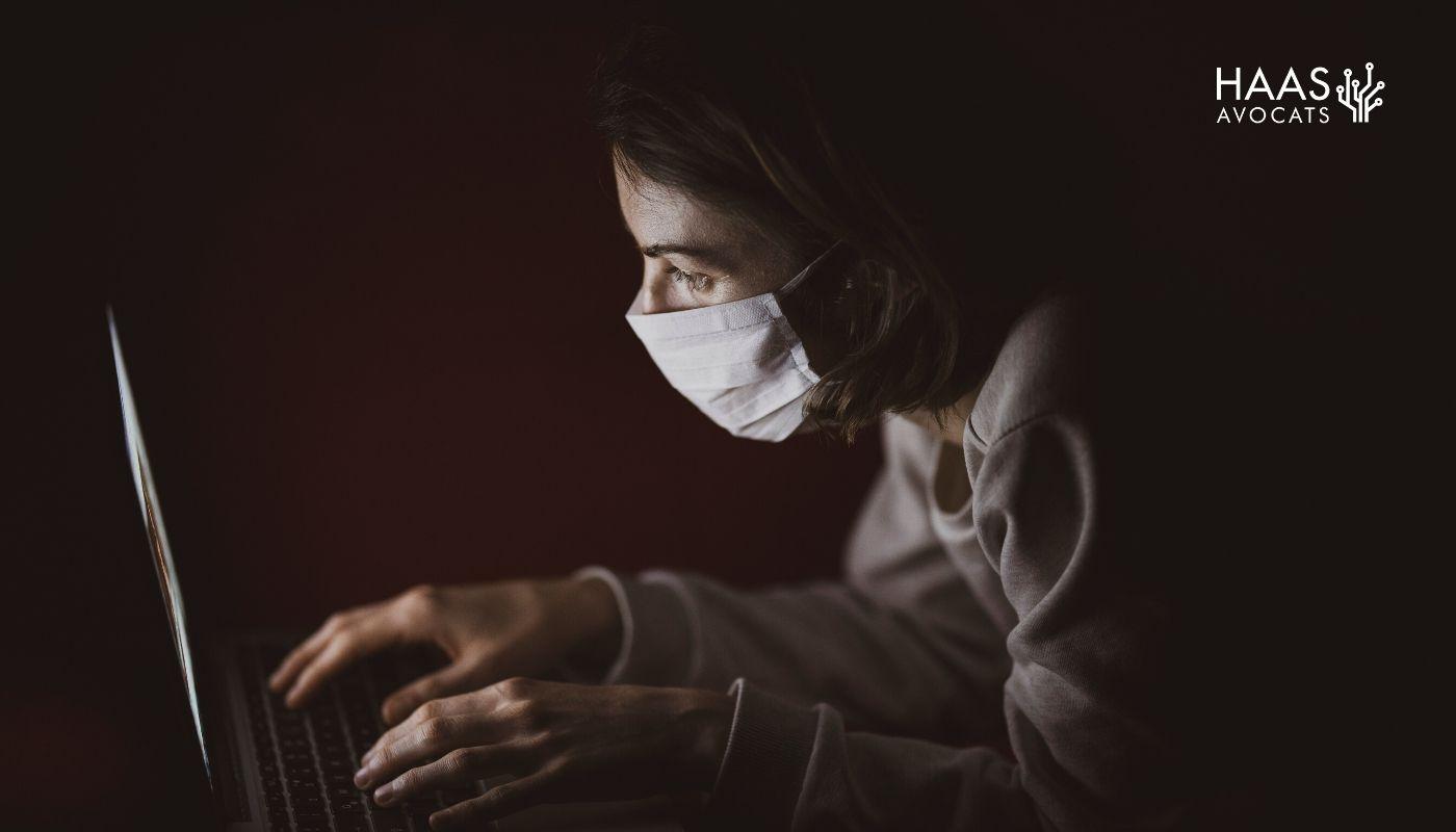 Le Covid-19, une épidémie aussi sur les plateformes numériques